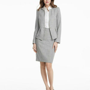 White House Black Market Xs 0 Gray skirt suit
